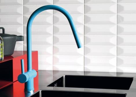 Цветные кухонные смесители от Zucchetti