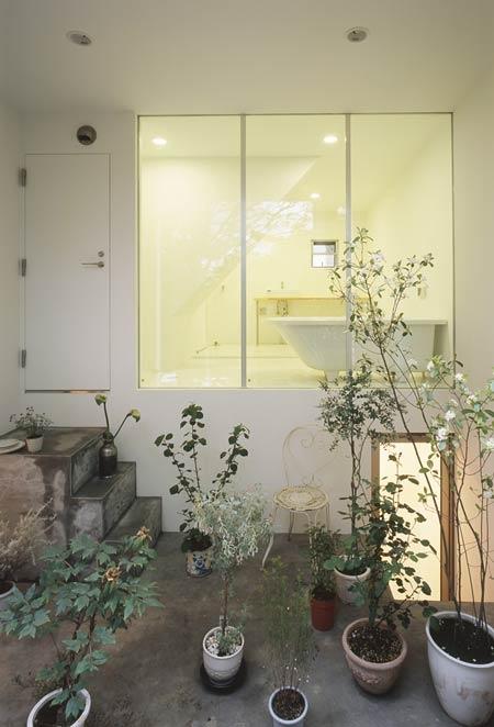 дом с садом от Tetsuo Kondo