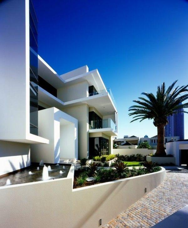 Оригинальный и стильный  дом от Jared Poole.