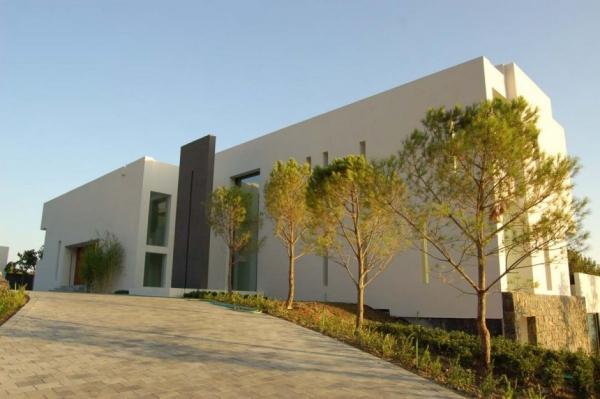 Испанская вилла от McLean Quinlan Architects
