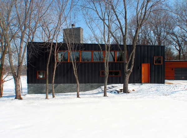 Дом на берегу озера Фарквар от ALTUS Architecture + Design