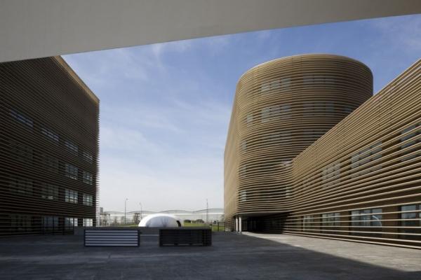 Офисный центр «Galilée» от Studio Bellecour