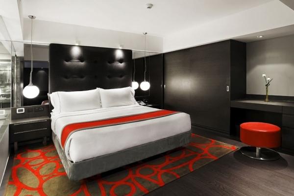 Интерьер гостиницы Mira  Hotel