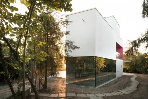 L House от Philippe Stuebi