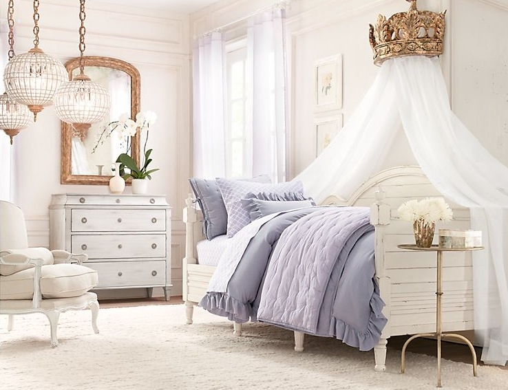 Традиционные детские комнаты для маленьких принцесс