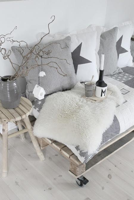 Идеи для новогоднего декора: подушки