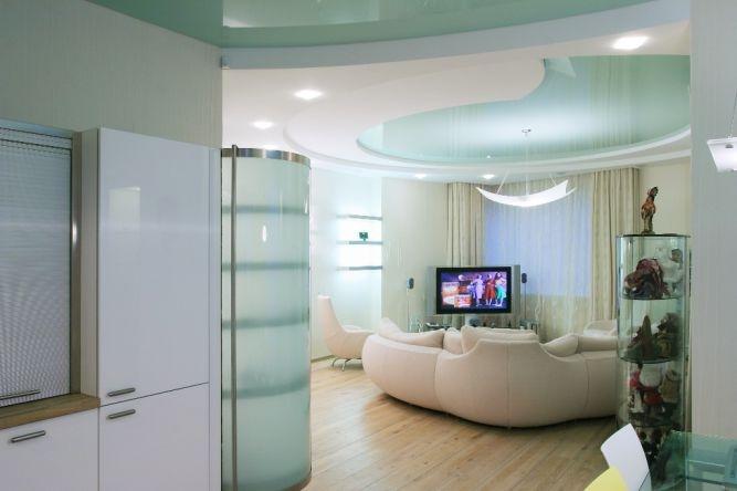 Освещение помещения, в котором есть натяжной потолок