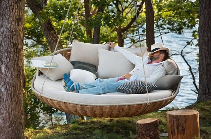 Подвесной лежак Dedon Swingrest для роскошного отдыха