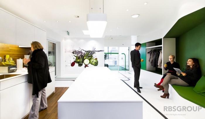 Необычный дизайн офиса Compass Group