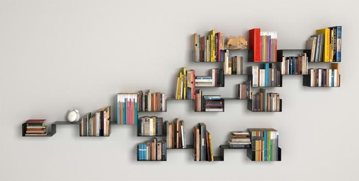 Необычная полка для книг своими руками 26