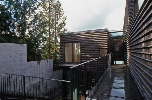 Дом на крутом склоне от Hutchison & Maul
