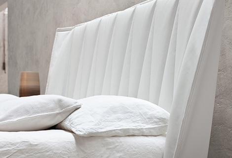Кровать с короной от MD House