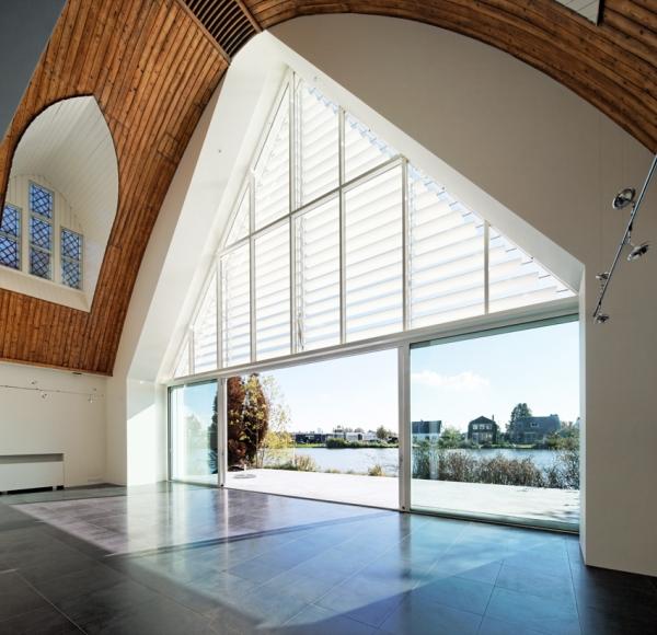 Дом в церкви от Ruud Visser Architects