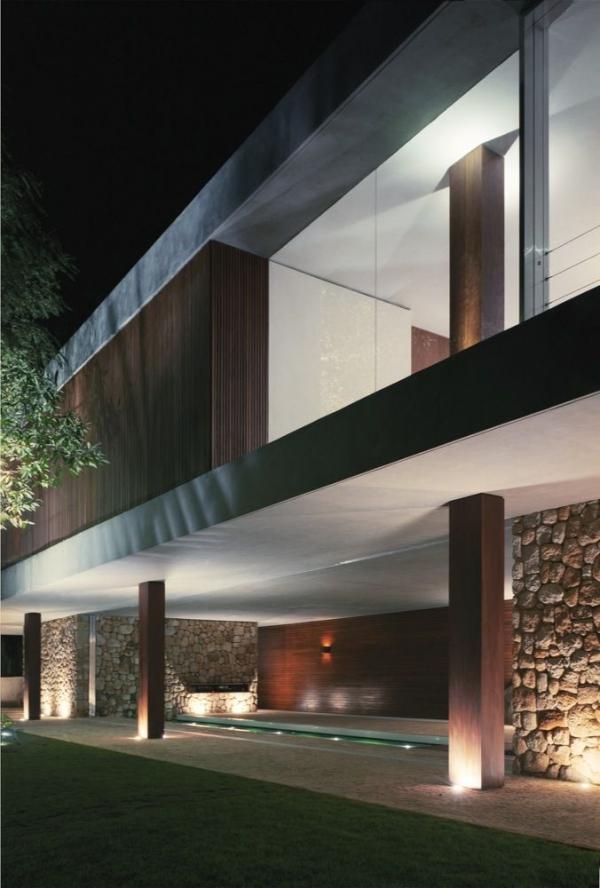 BR House от Marcio Kogan
