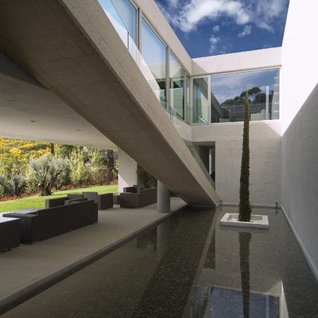 "Pantano de San Juan – испанский ""бункер"" от Vicens + Ramos"