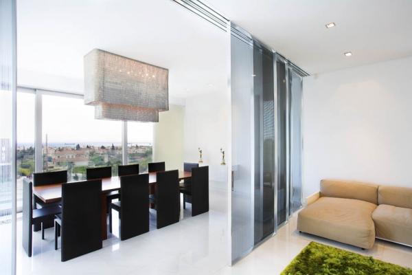 "Резиденция ""Adamos"" от Vardastudio Architects & Designers"