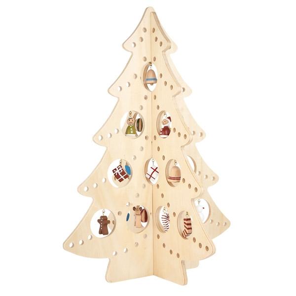 Деревянная елка с игрушками