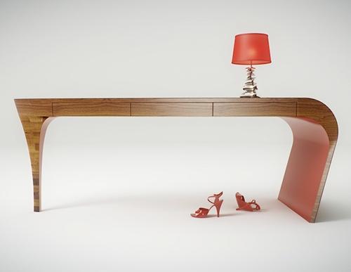 """Женский стол """"Stiletto"""" от Splinter Works"""