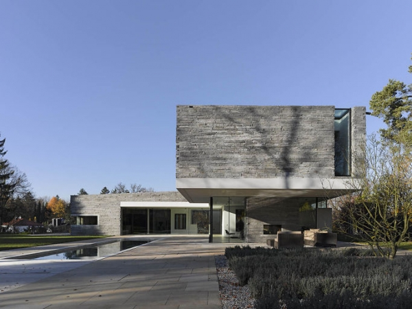 House M от Titus Bernhard Architects