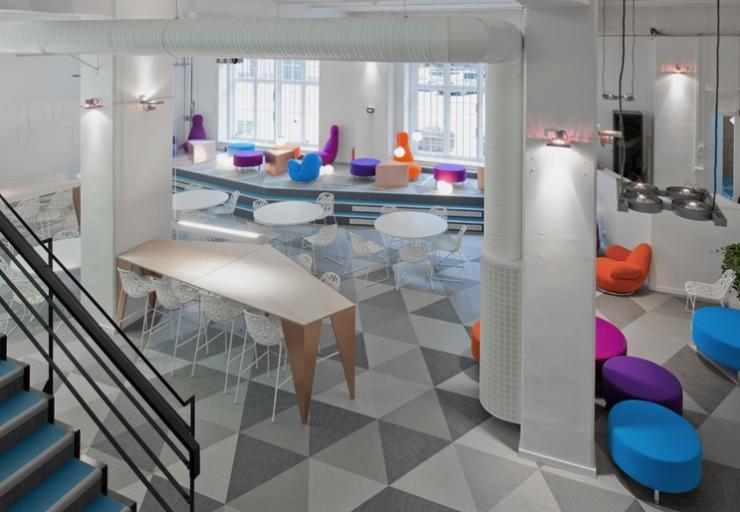 Контрастный интерьер офиса Skype в Стокгольме