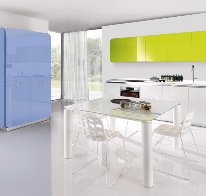Кухонные идеи современного дома. Кухни Euromobil.