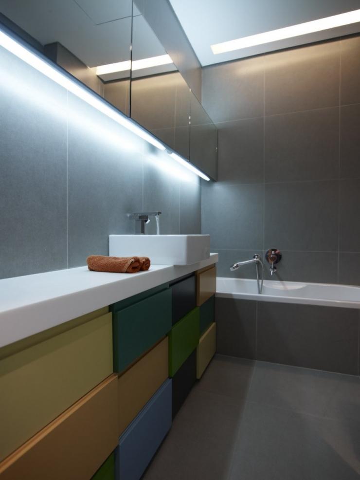 Интерьер двухуровневой квартиры от Spacelab Architecture