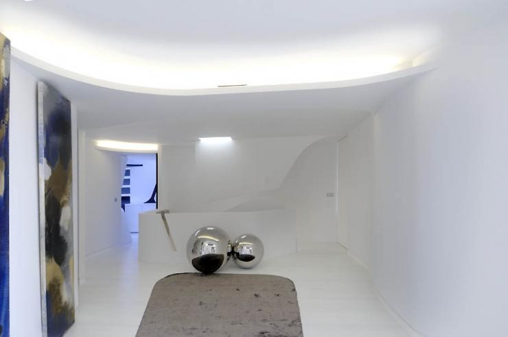 Дизайн двухуровневой квартиры от A-cero Architects