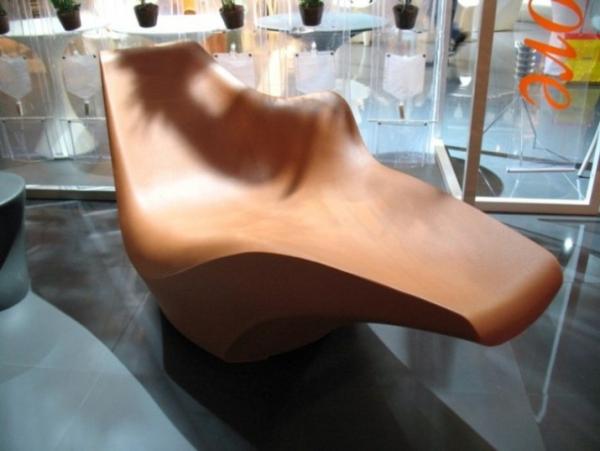 Driade store. TOKYO-POP, проект от Tokujin Yoshioka. Моноблок, кресло для отдыха (полиэтилен). Совершенство пластики, это чудо не только красиво, но и удобно.