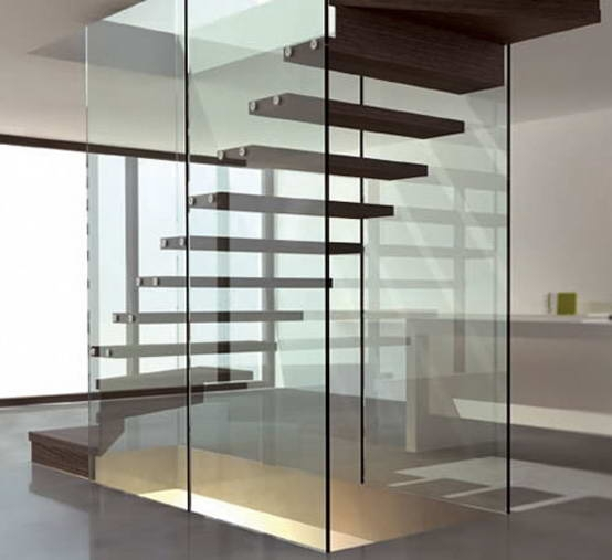 Лестница с креплением к стеклу