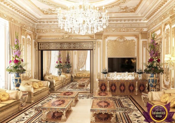 Designer UAE Katrina Antonovich