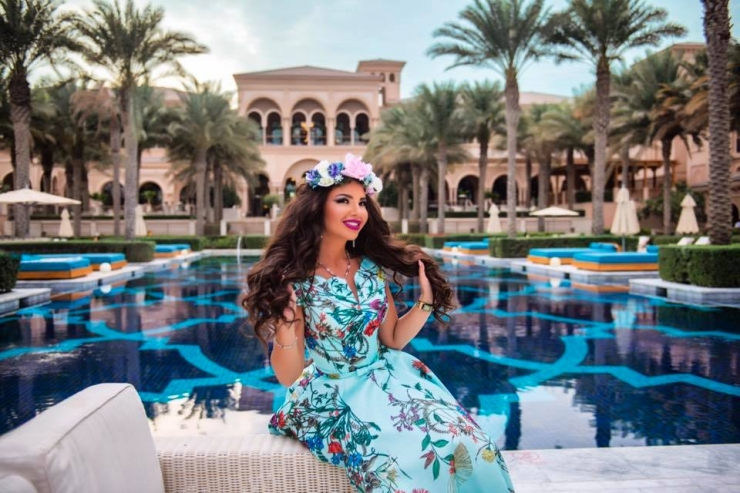 Luxury Landscaping  of Katrina Antonovich