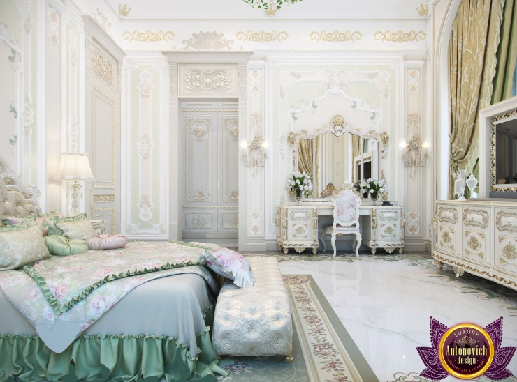 Bedroom interior in classic style, Katrina Antonovich