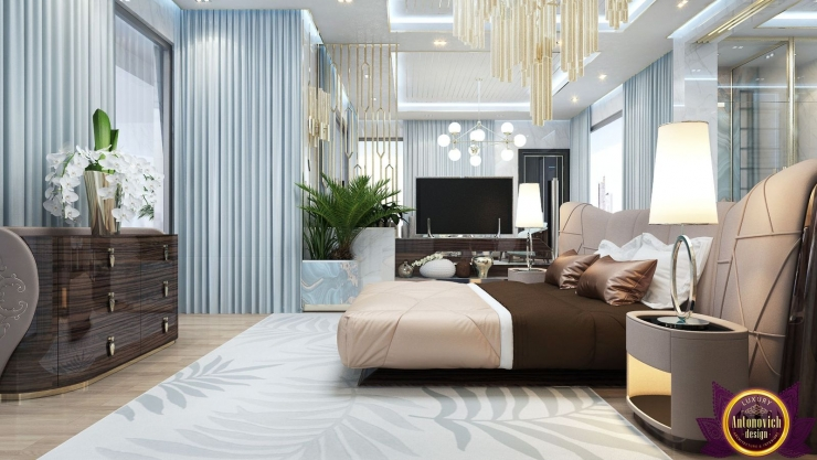 Interiors ideas large bedroom, Katrina Antonovich